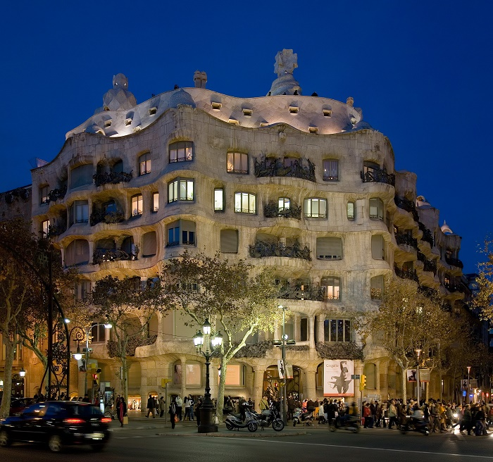 barcelona-casa_mila